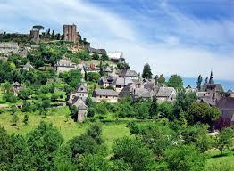 promotions-location-vacances-Correze-estivale-lac-de-causse-hameaux-du-perrier-terres-de-france-chalets-petits-prix-pas-cher-proche-Quercy-Périgord-Brive-Lissac sur Couze