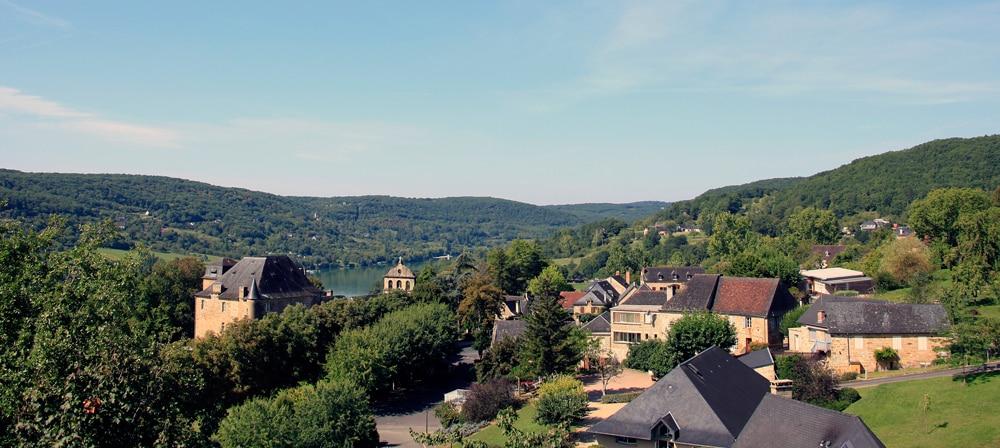 slide-printemps-pâques-hameaux-du-perrier