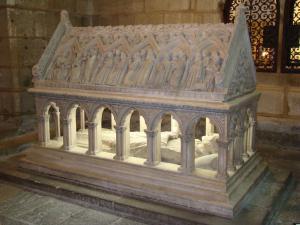 Le Tombeau à l'église abbatiale d'Aubaine