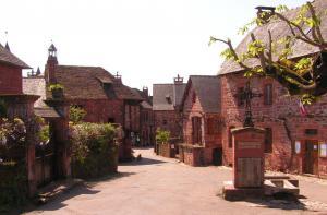 Visiter Collonges LA Rouge L'un des plus beaux villages de France